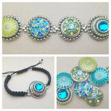 collection of interchangeable jewelry featuring fashion snaps on like charms you snap in and out of specially made jewelry and accessories
