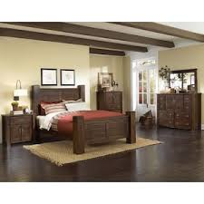 Trestlewood 4 Piece King Bedroom Set in Mesquite Pine