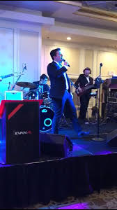 A harpist can perform during dinner. Moshe Tischler On Twitter After Tonight S Wedding With Evanalorchestra The Atrium Might Need A New Floor The Energy Was Singer Band Wedding Jewish Evanal Guitar Strings Saxaphone Music Energy Newfloor Allnight