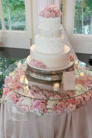 Engagement Cake Table Decorations 17 Best Ideas About Cake Table Decorations On Pinterest Wedding
