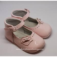 baby girl pink patent pram shoe