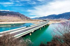 """An """"<b>Attractive</b>"""" Highway from Lhasa to Nyingchi Will Be Open"""
