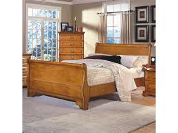 new classic honey creekqueen sleigh bed