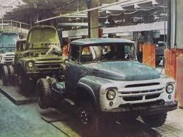 Авто зил ремонт В Украине на Луцком машиностроительном заводе позже ЛуАЗ в 1965 79 гг на шасси ЗИЛ 130 выпускались фургоны рефрижераторы ЛуМЗ 890Б