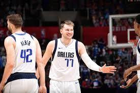 3 incredible moments from the Dallas Mavericks huge Game 2 win - Mavs  Moneyball