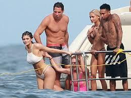 Kylie Jenner Bikini Photos Kendall Joe Francis The Superficial