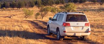 The Rugged and Luxurious 2017 Toyota Land Cruiser SUV