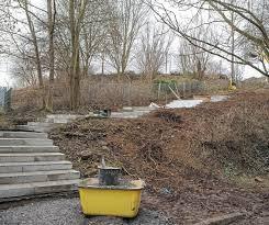 Die treppenbreite unser massivholz treppen beträgt in der. Geholz Muss Bagger Weichen Landkreis Ludwigsburg Ludwigsburger Kreiszeitung