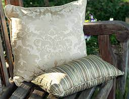 throw pillow size for your decor