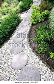stepping stones for garden path round stepping stones for round stepping stones for gravel