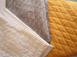 Large Quilted Throw Blanket + Free Cushion Cover: Handmade Plain ... & Large Quilted Throw Blanket ... Adamdwight.com