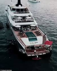 British formula one racing driver, lewis hamilton has a net worth of $280 million in 2015. Does Lewis Hamilton Have A Yacht