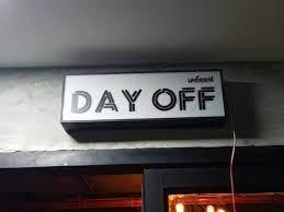 กล่องไฟสี่เหลี่ยม ติดไฟออกหน้า DAY OFF #เดย์ออฟ - ติดตั้งป้ายธนบุรี พลาซ่า  - ร้านป้ายไฟ อักษรโลหะ กล่องไฟ ป้ายกัดกรด รับทำป้ายทุกชนิด : Inspired by  LnwShop.com