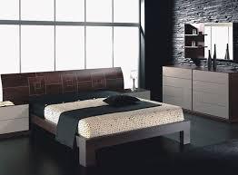 Bedroom Modern Bedroom Sets Bedroom Furniture Set Deals Queen Size Simple Discount Contemporary Bedroom Furniture