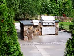 Outdoor Kitchen Gas Grill Brick Backsplash Hincredible Small Kits Design Romantic Yellow