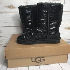 UGG Australia Classic Short Sparkles Black Sequin Boots 3161 - Women s Size  7