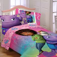 Pig Bedroom Decor New Bedding Featuring Tip Oh And Pig From The Dreamworks Movie