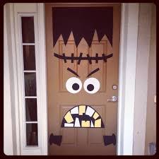 Front door Halloween decor! DIY Frankenstein I absolutely love this! I  wonder if I