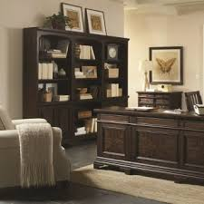 the essex collection is the optimal office set for the traditional home it features an array of pieces to perfectly fit your personal preference aspenhome home office e2