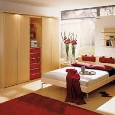 Amazing Wooden Bedroom Design With Red Rug In Japanese Idea , Awesome  Japanese Bedroom Design Ideas