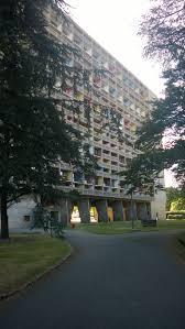 Maison Radieuse Le Corbusier En Début D Automne Maison Radieuse