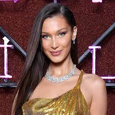 Bella Hadid Covers Her Head With a ...