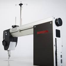 BERNINA Q 20 - sit-down longarm quilting machine for BIG Quilt ... & Ergonomics Adamdwight.com