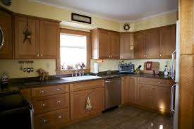 oak kitchen cabinets with granite countertops. Oak Kitchen Cabinets And Granite Countertops With A