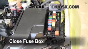 2007 saab 9 3 fuse box diagram 2007 image wiring replace a fuse 2003 2007 saab 9 3 2004 saab 9 3 arc 2 0l 4