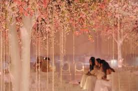 spring wedding ideas cherry blossom weddings budget brides