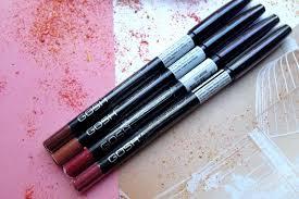 Обзор 6 видов лучших <b>карандашей для губ</b>: как выбрать, какой ...