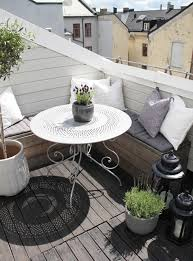 Outdoor: Balcony Flower Ideas - Balcony