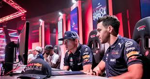 Red bull ohne ,geheimnisvolle' radaufhängung. F1 Esports Pro Series 2018 Formel 1 Startet Esport Liga Gameswirtschaft De