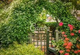 Garden Design Generator Autumns Inviting Garden Gateway And Vine Covered Trellis