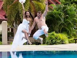 Pranzo Nuziale O Nuziale : Un bagnato e zampillante ricevimento di matrimonio? in perfetto
