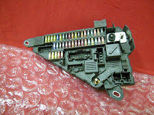 bmw m6 other bmw e60 m5 550i 650i 645ci m6 fuse box relay module assembly 6906618 oem 887
