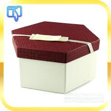 custom printed gift box lid and base colored cardboard small luxury  packaging for shoe boxes .