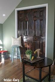 how to paint a white door to look like wood