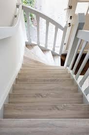 Wenn man seine treppe aber nicht selbst einbauen möchte, stellt sich die frage, was der einbau durch den fachmann kostet. Holz Fur Treppenstufen Welche Holzarten Eignen Sich Am Besten