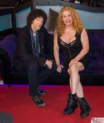 Howard stern show largest breasted women