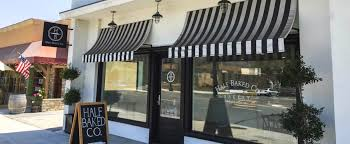 Airy Parisian Bakery With Kitchen Storefront In Burbank Burbank