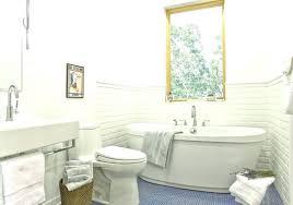 Bathroom Closet Design