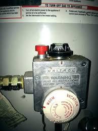 gas fireplace pilot light won t stay lit pilot light on water heater wont stay lit