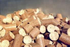 Was Ist Besser Zum Heizen Holzbriketts Oder Brennholz