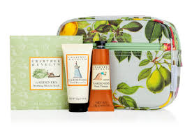 holiday gift sets from crabtree evelyn