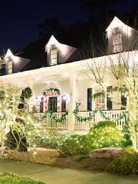 Outdoor Christmas Decorating Outdoor Christmas Lights Hgtv