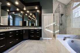 Bathroom With Closet Design