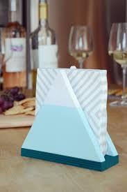 easy diy snowy mountain napkin holder