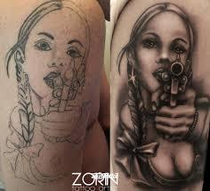 фото татуировки девушка в стиле чикано татуировки на плече