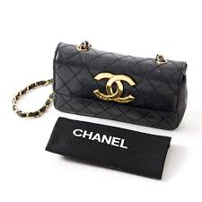 Chanel Vintage Small Quilted Black Flap Bag at 1stdibs & Chanel Vintage Small Quilted Black Flap Bag 3 Adamdwight.com
